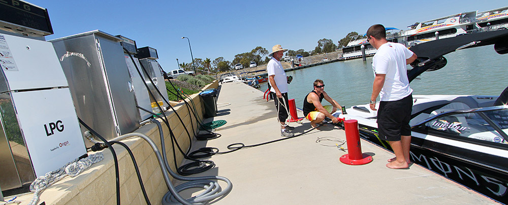 Safe re-fueling for all boats - All Seasons Houseboats Mildura