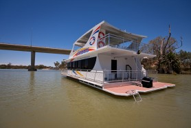 Sweet Indulgence - All Seasons Houseboats Mildura