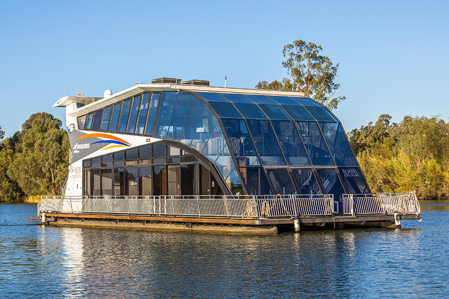 Best Price Here for Murray River houseboat Boatel Luxury | All Seasons Houseboats